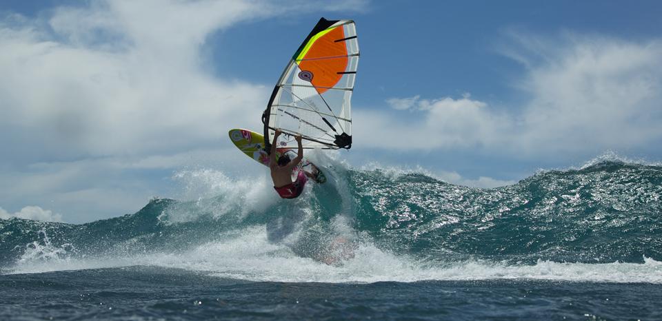 goya-windsurfing-sails-2012